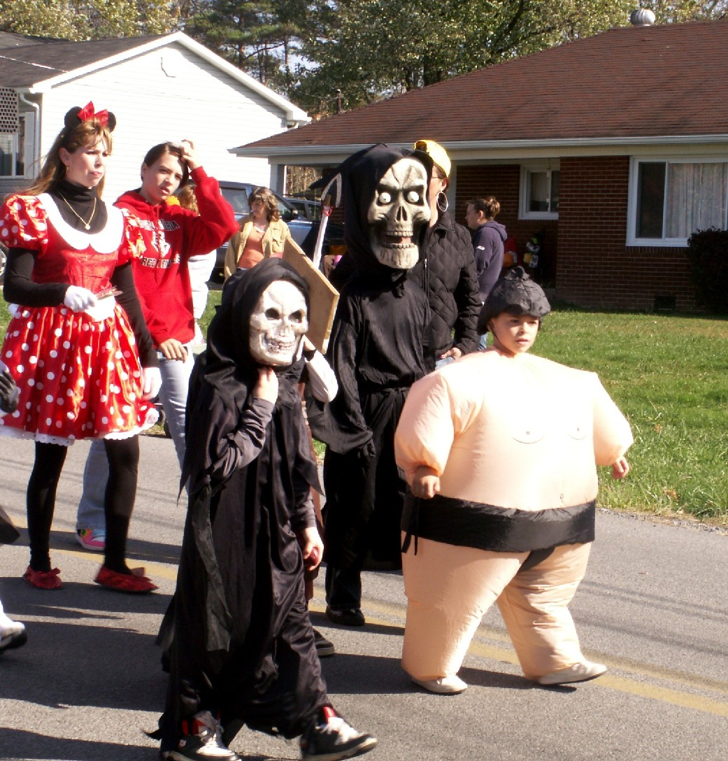 2008 Halloween Parade Photo Gallery